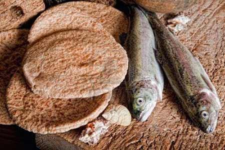 Bochenki chleba i dwie ryby - Polska parafia w Londynie