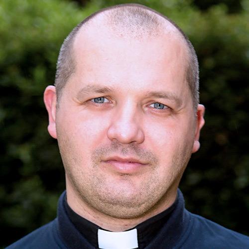 Ojciec Adam Baczewski SJ - Wikariusz